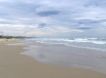 Le onde del mare, il cielo azzurro… Giulianova Lido